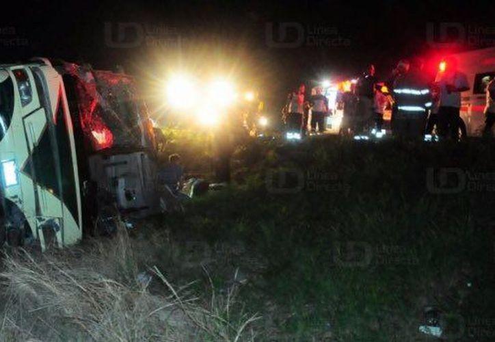 El conductor perdió el control del vehículo, que se dirigía al municipio de Guasave. (Noticieros Televisa).