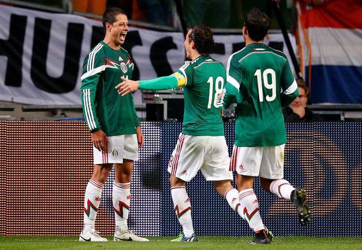 Este martes, Herrera dará oportunidad a jugadores de la Liga MX, dejando descansar a 'los europeos'. (Foto: Jam Media)