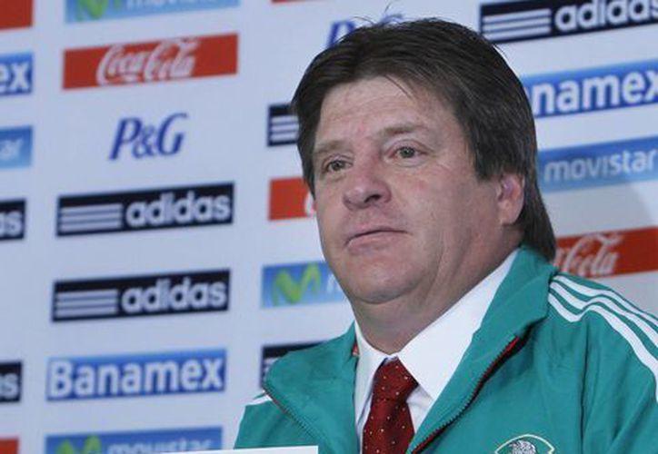 Herrera señaló que llamará a jugadores que estén comprometidos con el equipo. (Agencias)