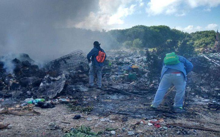 Las autoridades desconocen quién originó el conato de incendio. (Raúl Balam/SIPSE)