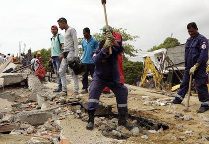 Al menos dos de los fallecidos serían obreros de nacionalidad venezolana. (Milenio).