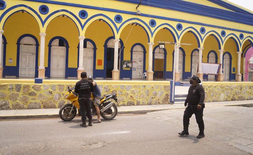 Las autoridades locales de Oxkutzcab, Seyé, Tekit y Tizimín  iniciaron con supervisiones y rondines de vigilancia tras levantamiento de Ley Seca. (Foto: Ayuntamiento de Seyé)