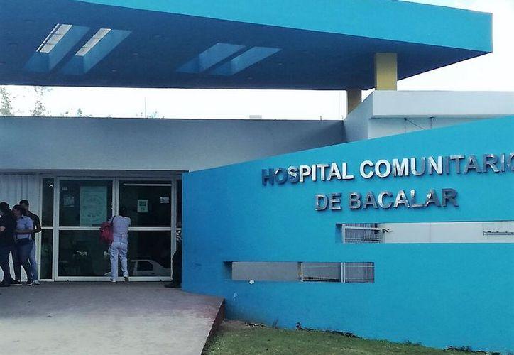 Autoridades del Hospital Comunitario de Bacalar investigarán y sancionarán al trabajador en caso de encontrar la anomalía. (Foto: Javier Ortiz/SIPSE)