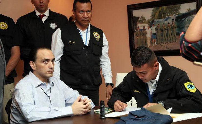 Durante las primeras horas del sábado fue arrestado en Cancún el exabogado de Roberto Borge Angulo. (Redacción/SIPSE)