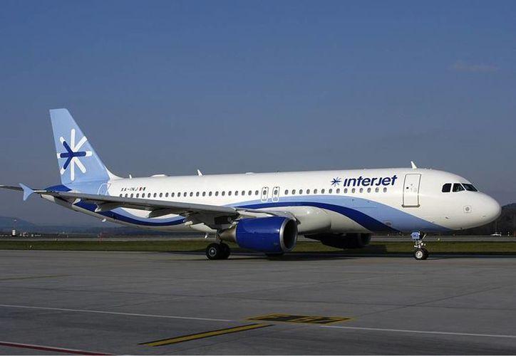 Imagen de un avión Airbus 320 de Interjet, que el próximo 2015 ampliará su flota. (Foto de archivo)