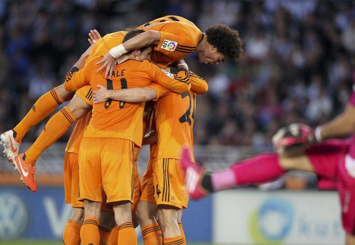 A pesar de la ausencia de Cristiano Ronaldo, los 'Galácticos' la tuvieron fácil. (Foto: EFE)