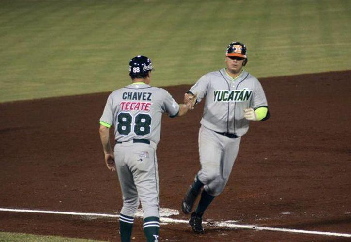 Leones de Yucatán cayó por paliza ante Piratas de Campeche y, de paso, perdió el primer lugar de la Zona Sur de la Liga Mexicana de Beisbol. (Milenio Novedades)