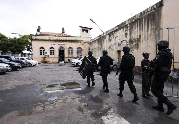Además del caos que azota al sistema penitenciario brasileño, Vitoria, capital estatal brasileña de Espiritu Santo, sufre oleada de crimen tras una huelga de policías iniciada el sábado pasado. Imagen de contexto. (Notimex)