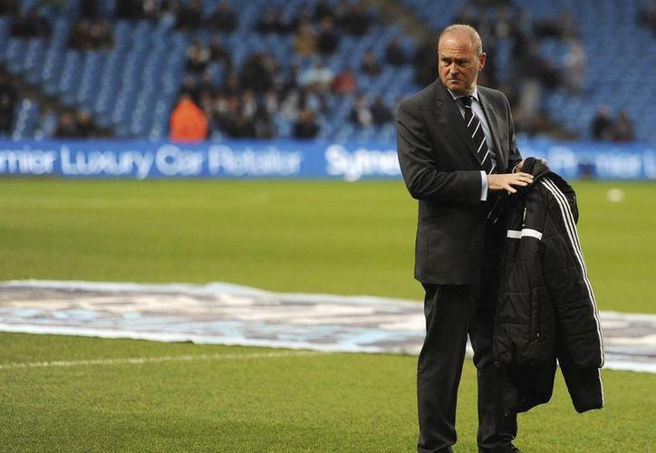'Pepe Mel' llegará a Chivas poco después de haber dirigido al West Bromwich y antes al Betis, ambos clubes modestos. (EFE)