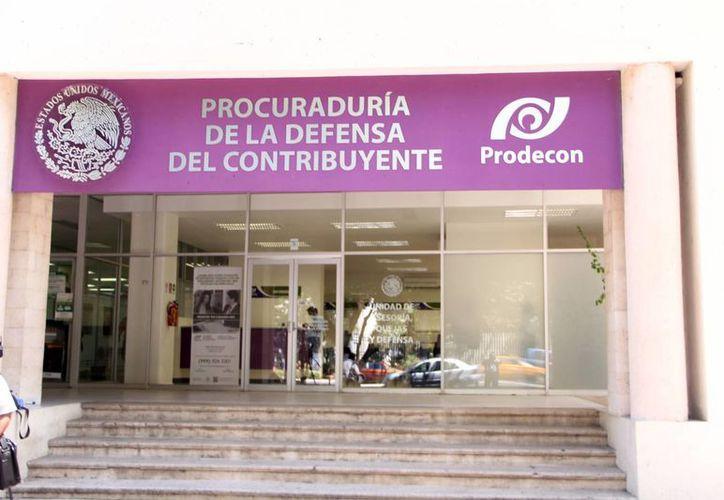 La Procuraduría de la Defensa del Contribuyente (Prodecon) está atenta al respeto de los derechos de los contribuyentes, sobre todo en este mes que vence el plazo de la declaración anual, que corresponde a las personas físicas. (Milenio Novedades)