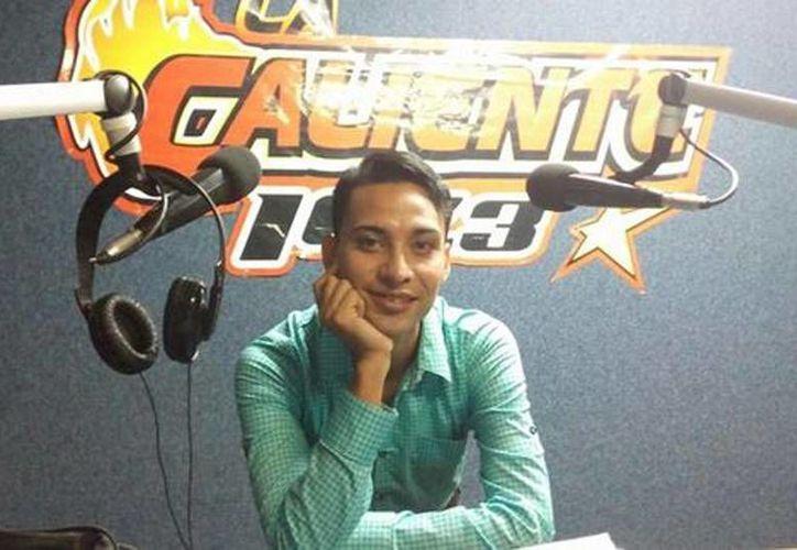 Juan Manuel Calderón, quien era agente de ventas de la estación de radio 'La Caliente' en Tepic, fue encontrado muerto. (Milenio)