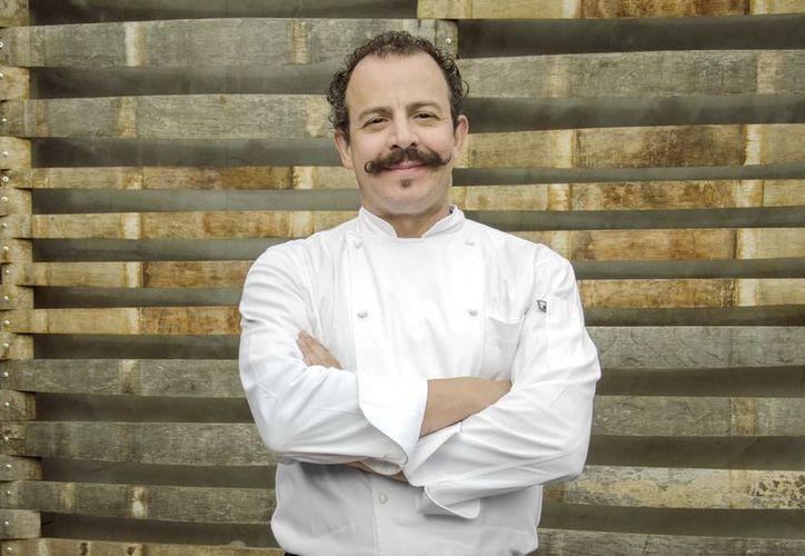 La reacción del chef Benito desató en redes sociales que recibiera severas críticas por sus palabras contra el concursante. (Foto: Food and Travel)