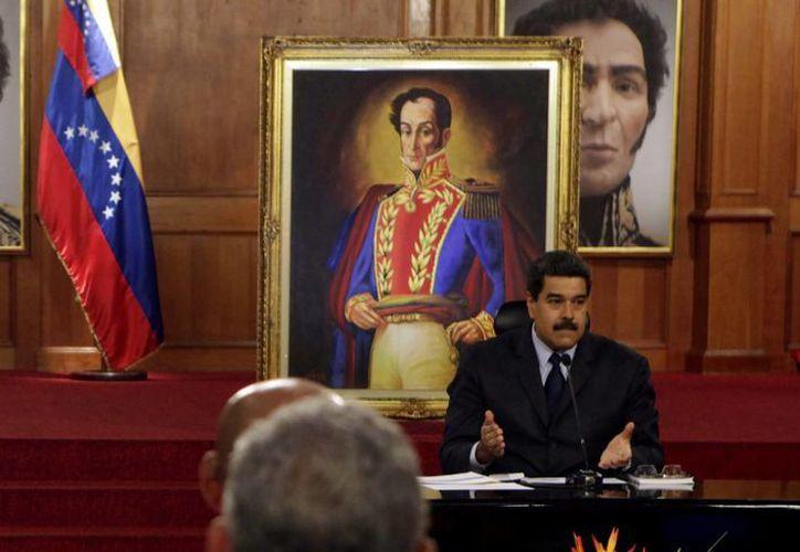 A pesar de que las elecciones en Venezuela no han sido formalmente convocadas, el presidente Maduro ya está buscando una 'maquinaria electoral ganadora'. (Notimex)