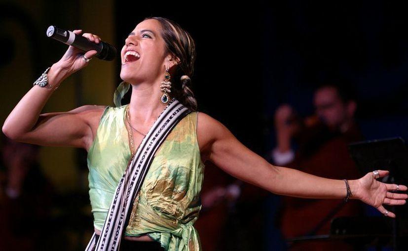 Lila Downs fue nominada  también a un Grammy en 2009 por su disco 'Shake Away'. (Agencias)