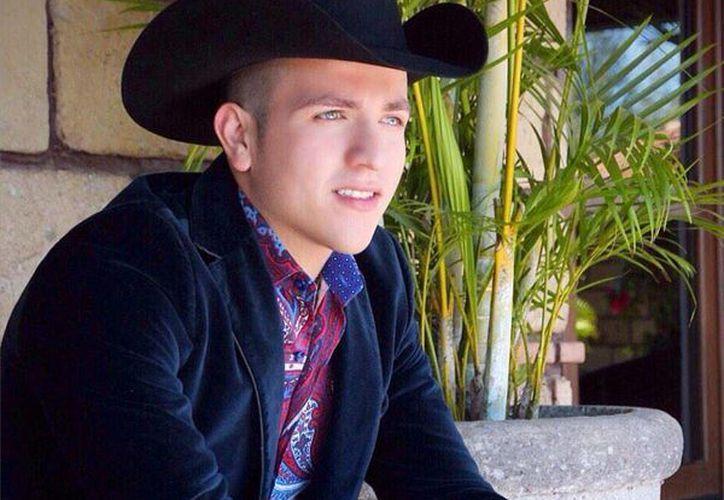 El cantante Pancho Uresti inició su carrera en los palenques y ferias. (Contexto/Internet)