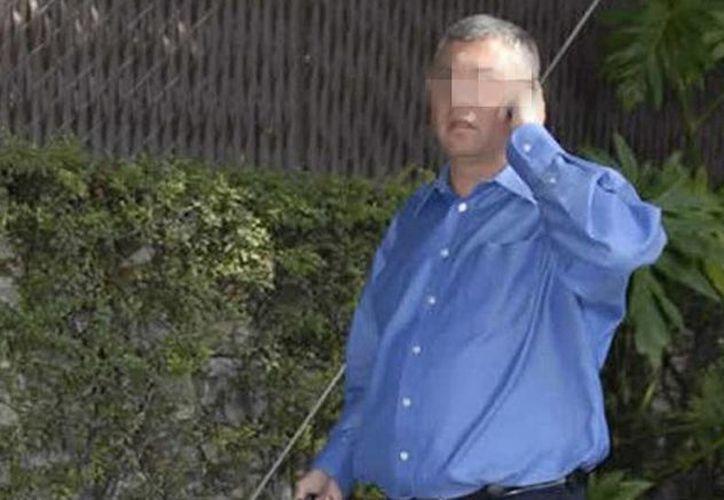 Fernando Alejandro Cano Martínez fue ubicado en un restaurante, en San Pedro Garza, y fue detenido unas cuadras más adelante. (muropolitico.mx)