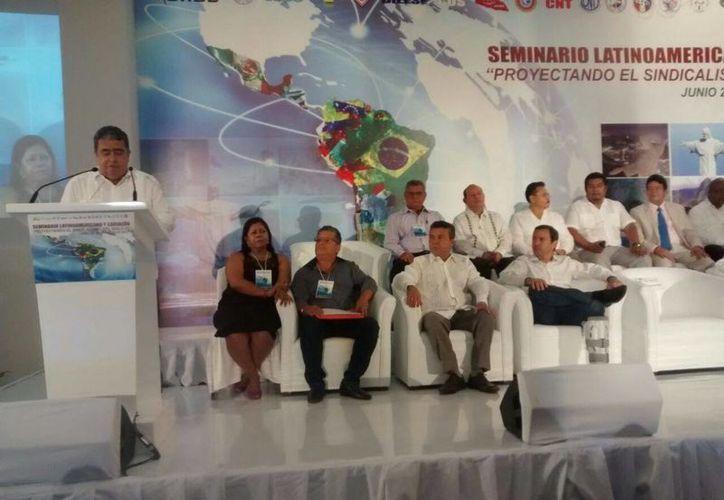 Entre los invitados destaca el Presidente de Benito Juárez, Paul Carillo de Cáceres. (Alejandra Galicia/SIPSE)