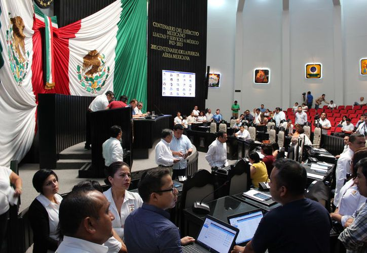 Aseguran que el magistrado Carlos Lima violó diversas disposiciones de la Ley de Responsabilidades de los Servidores Públicos. (Benjamín Pat/SIPSE)