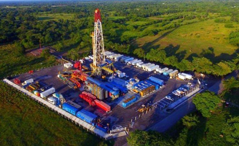 Pemex anunció este martes el mayor descubrimiento que ha hecho en tierra en los últimos 25 años. (El Economista)