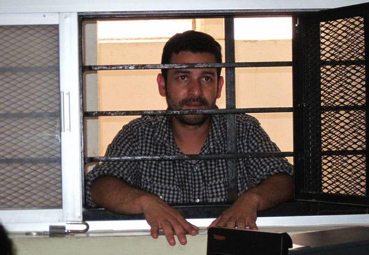 El hombre aseguraba que era empresario en su natal Colombia. (Francisco Puerto/SIPSE)