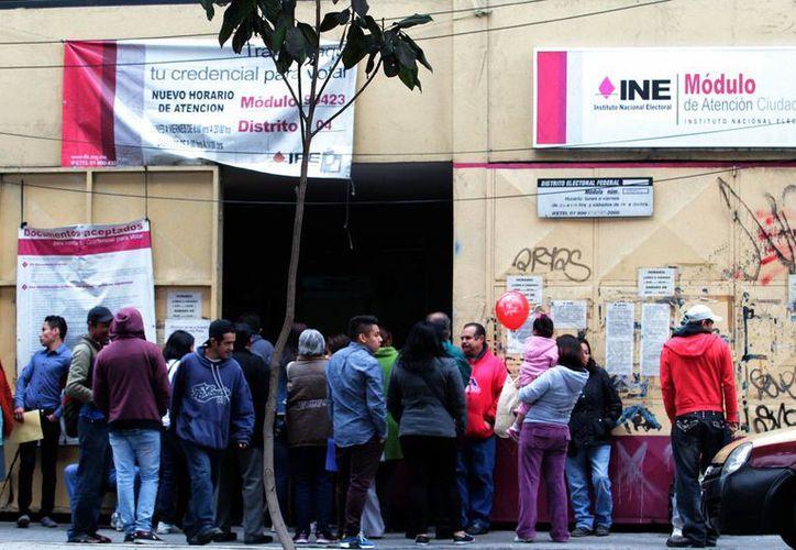 En el Distrito Federal, el INE recibió 254 mil 303 solicitudes de encriptación de datos personales en la credencial para votar. (Notimex/Archivo)