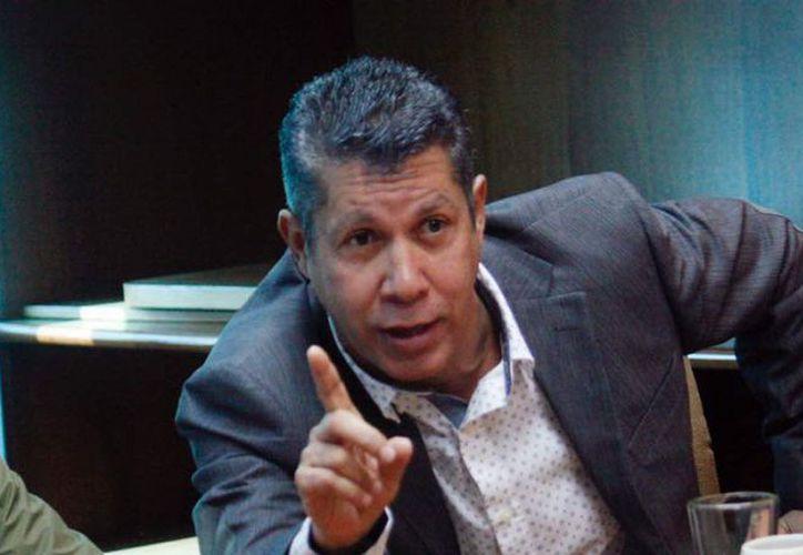 Falcón tiene el respaldo del partido minoritario Avanzada Progresista, que lidera, así como otras dos organizaciones políticas. (Foto: Teletrece)