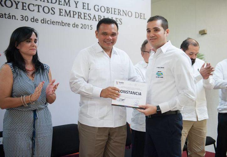 El gobernador de Yucatán, Rolando Zapata, estará este jueves en Kinchil y en Celestún. (SIPSE)