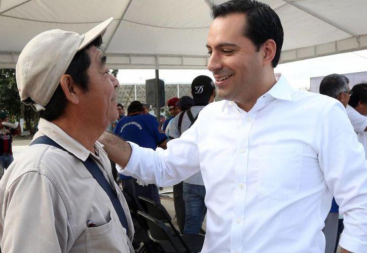 El alcalde Mauricio Vila confirmó que habrá una redistribución salarial en el Ayuntamiento de Mérida. (Foto cortesía del Ayuntamiento de Mérida)