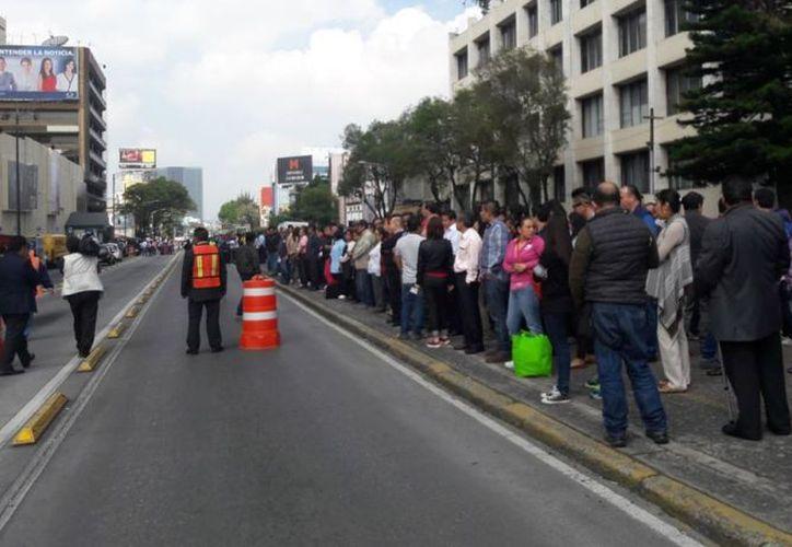 Previo al simulacro, a las 7:19 horas se realizará una ceremonia conmemorativa por el sismo de 1985. (Televisa News)