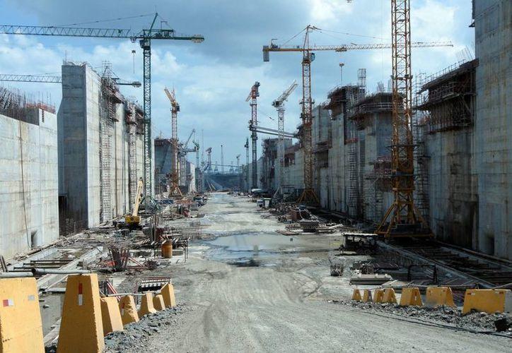 Ambas partes acordaron no modificar el costo del contrato, que asciende a tres mil 221 millones de dólares. (Archivo/Notimex)