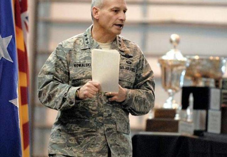 El comandante James Kowalski sostuvo que las fallas no significan que existe un riesgo para el arsenal nuclear de EU. (airforcetimes.com)