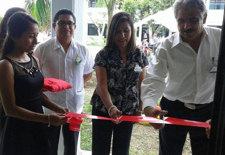 """La inauguración fue en la preparatoria """"Andrés Quintana Roo"""". (Pedro Olive/SIPSE)"""