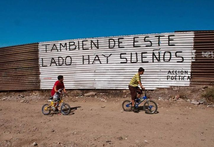 La frontera México-EU es la más transitada del mundo y hay ya un tercio de esta zona vallada por todo tipo de barreras. (Archivo/Agencias)