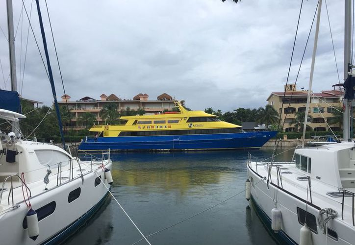 Resguardan embarcaciones en marina turística de Puerto Aventuras y en instalaciones de algunos hoteles. (Daniel Pacheco/SIPSE)