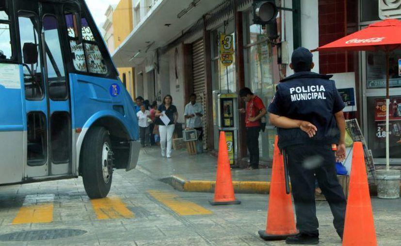 Desde hoy cierre de calles y cambio de paraderos por El Grito. (Milenio Novedades)