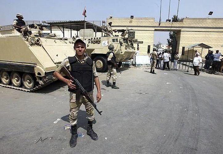 Las  fuerzas armadas han respondido con una intensificación de sus operaciones para expulsar a los extremistas de sus bastiones. (Archivo/EFE)