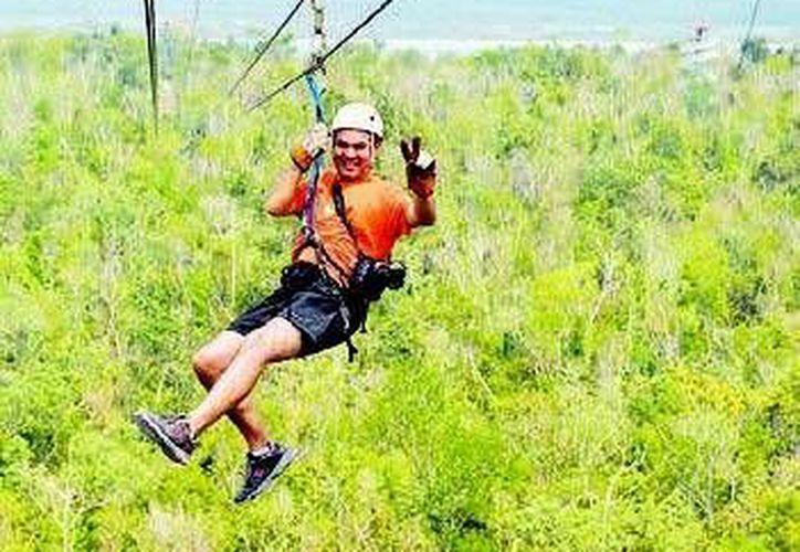 El turismo de aventura es uno de los rubros que mayor cantidad de paseantes atrae a Quintana Roo. (Redacción/SIPSE)