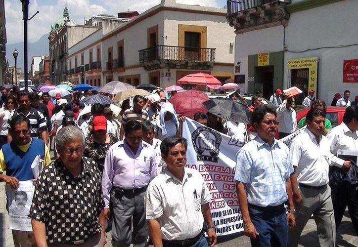 Los maestros tomaron sedes gubernamentales como la Ciudad Judicial y la Ciudad Administrativa. (twitter.com/ElInformanteMX)
