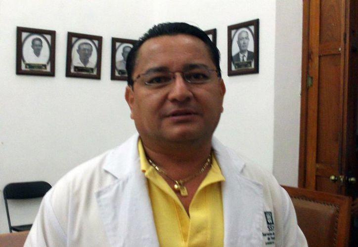 Director del Centro de Salud y Servicios Ampliados, Sergio Bates. (SIPSE)