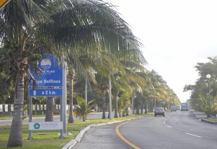La construcción se realizará en el predio del lado de la laguna Nichupté, a la altura del kilómetro 16.5 del bulevar Kukulcán. (Israel Leal/SIPSE)