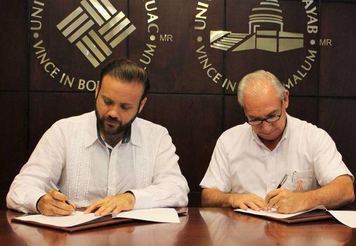 La Fundación 'Pablo García' (Campeche) firmó un convenio de colaboración con la Universidad Anáhuac-Mayab que estudiantes del vecino estado vengan a estudiar a Yucatán. (Milenio Novedades)