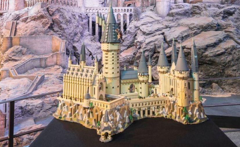 Lego ha anunciado que el set del Castillo d Hogwarts tendrá más de 6000 piezas. (Foto: Gizmodo)