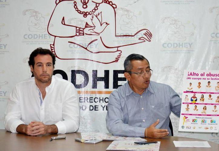 Hogares Maná y la Codhey organizan el curso sobre los derechos de los niños. (Milenio Novedades)