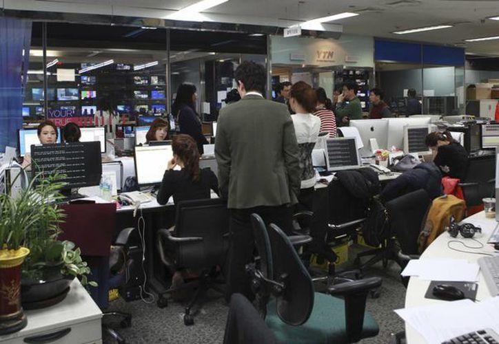 La agresión paralizó los sistemas informáticos de emisoras de televisión y banco, afectando temporalmente servicios de cajeros automáticos y banca electrónica. (Agencias)