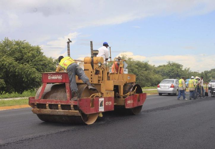 Se estiman obras en infraestructura carretera en zonas indígenas de Quintana Roo. (Harold Alcocer/SIPSE)