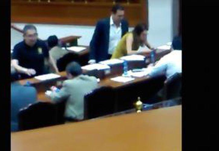 El video ha causado indignación en redes sociales (Foto: YouTube)
