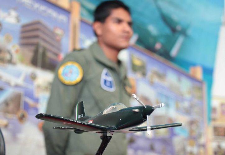 El miércoles se celebró en Cozumel el 101 aniversario de la fundación de la Fuerza Aérea Mexicana. (Gustavo Villegas/SIPSE)