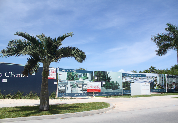 El proyecto de la empresa mexicana Metric se ubica en la entrada de Puerto Cancún. (Karim Moisés/SIPSE)