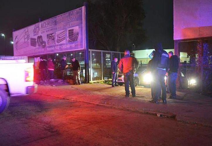 Tras el incidente, las autoridades procedieron a clausurar el recinto, así como el estacionamiento. (EFE)