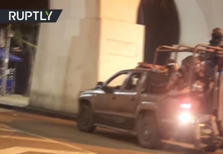 El incidente ocurrió en el acueducto de Carioca, en el centro de Río de Janeiro. (Captura de pantalla/RT).